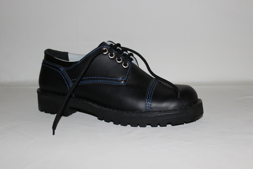 Alpi shoe black